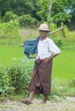 Agricoltore birmano nel Myanmar Fotografie Stock