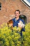 Agricoltore con i polli Immagine Stock Libera da Diritti