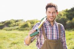 Agricoltore felice che sorride alla macchina fotografica Fotografia Stock Libera da Diritti