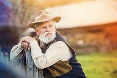 Agricoltore fuori in natura Fotografie Stock Libere da Diritti