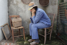 Agricoltore povero a casa Fotografia Stock Libera da Diritti