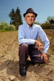 Agricoltore senior all'aperto Immagine Stock