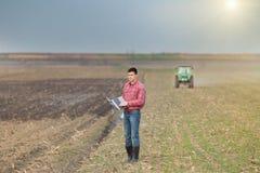 Agricoltore sul campo Fotografia Stock