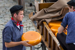 Agricoltori del formaggio olandese Immagini Stock Libere da Diritti