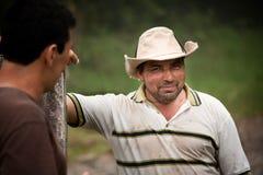 Agricoltori maschii bei in Costa Rica Immagine Stock