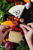 Agricoltura biologica di verdure del formaggio del mercato di Eco Fotografie Stock
