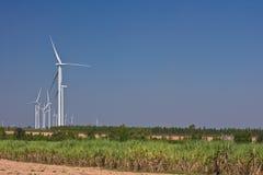 Agricoltura con il generatore di turbina del vento Fotografia Stock Libera da Diritti