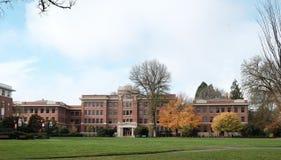 Agricoltura Corridoio sul campus universitario dello stato dell'Oregon, C del filo Fotografie Stock Libere da Diritti