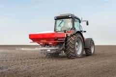 Agricoltura del fertilizzante Fotografie Stock Libere da Diritti