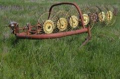 Agricoltura - fieno del rastrello Fotografia Stock