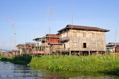 Agricoltura nel lago Inle ed in casa di galleggiamento nel Myanmar Immagine Stock Libera da Diritti