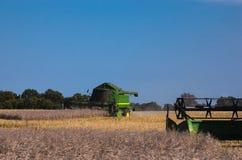 Agricoltura - raccolto della violenza Immagini Stock