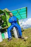 Agriculteur et son équipement de travail Photographie stock libre de droits