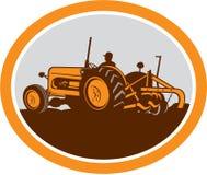 Agriculteur Plowing Oval Retro de tracteur de ferme de vintage illustration libre de droits