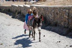 Agriculteurs et citoyens dans les montagnes de Marcahuasi images stock