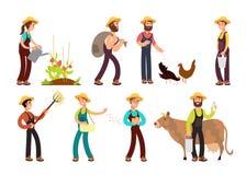 Agriculteurs heureux avec les outils agricoles et planter des caractères de vecteur réglés Photos libres de droits
