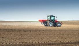 Agricultura del fertilizante Fotografía de archivo libre de regalías