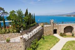 Agropoli Castello Angioino Aragonese en Salerno Royaltyfri Bild