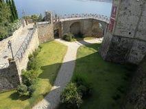Agropoli - fossato del castello aragonese immagini stock