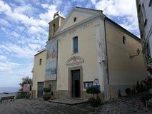 Agropoli - kyrka av Santa Maria di Costantinopoli arkivbild
