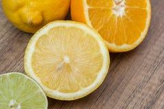 Agrumes d'orange et de chaux Images stock