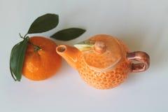 Agrumi della Sicilia - mandarino - piccola teiera - Italia Fotografia Stock Libera da Diritti