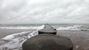 Agua áspera del mar Báltico metrajes