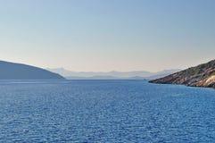 Agua azul asombrosa del Mar Egeo cerca de Bodrum Fotografía de archivo libre de regalías
