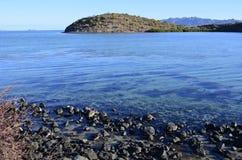 Agua azul del mar de Cortez en Baja, México Foto de archivo libre de regalías
