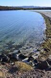 Agua azul del mar de Cortez en Baja, México Imagen de archivo