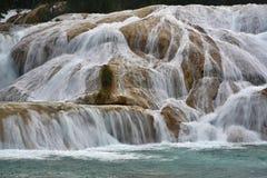 Agua Azul siklawa, półwysep jukatan, Meksyk Fotografia Royalty Free