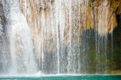 Agua Azul siklawy, Chiapas, Meksyk Zdjęcia Stock