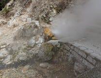 Agua caliente geotérmica en Furnas en la isla del sao Miguel Fotos de archivo libres de regalías