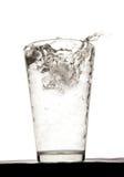 Agua con hielo Imagen de archivo libre de regalías
