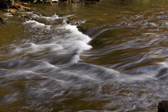 Agua corriente, otoño, río de Tellico foto de archivo libre de regalías