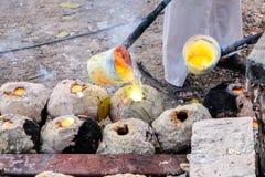 Agua de cobre amarillo candente Imagen de archivo libre de regalías