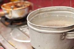 Agua de cocción en la estufa, versión 4 fotografía de archivo