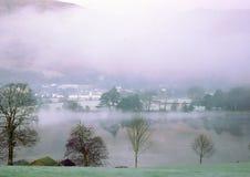 Agua de Coniston fotos de archivo