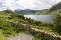 Agua de Crummock, distrito inglés del lago, Cumbria, Inglaterra Fotos de archivo
