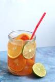 Agua de la fruta del Detox Fotos de archivo
