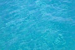 Agua de la turquesa del mediterráneo Fotos de archivo