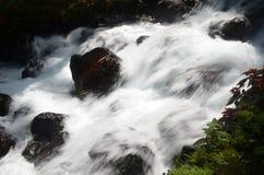 Agua de manatial de Timoga Fotos de archivo libres de regalías