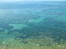 Agua de mar cristalina Foto de archivo libre de regalías