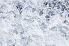 Agua de mar espumosa fotografía de archivo