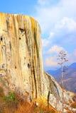 Agua del EL de Hierve, cascada aterrorizada en Oaxaca VI Imágenes de archivo libres de regalías