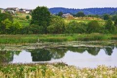 Agua del lago en serenidad Imagen de archivo libre de regalías