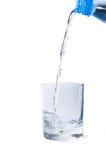 Agua en vidrio. Imagen de archivo libre de regalías