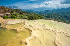 Agua Hierve el, естественные горные породы в мексиканском положении  Стоковое фото RF