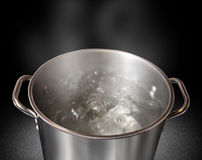 Agua hirvienda Imagen de archivo libre de regalías