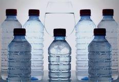 Agua mineral stock de ilustración